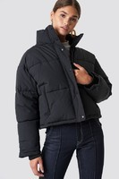 episode_short_padded_jacket_1100-000518-0002_01a
