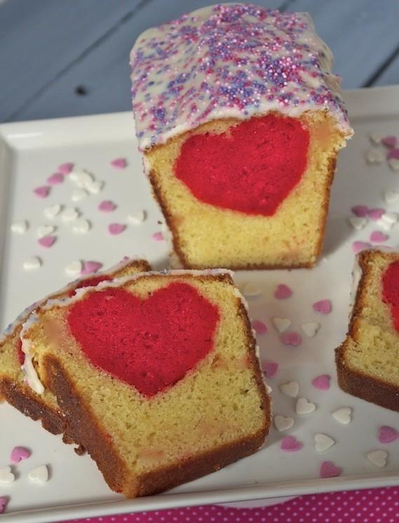 cake-coeur-cache-