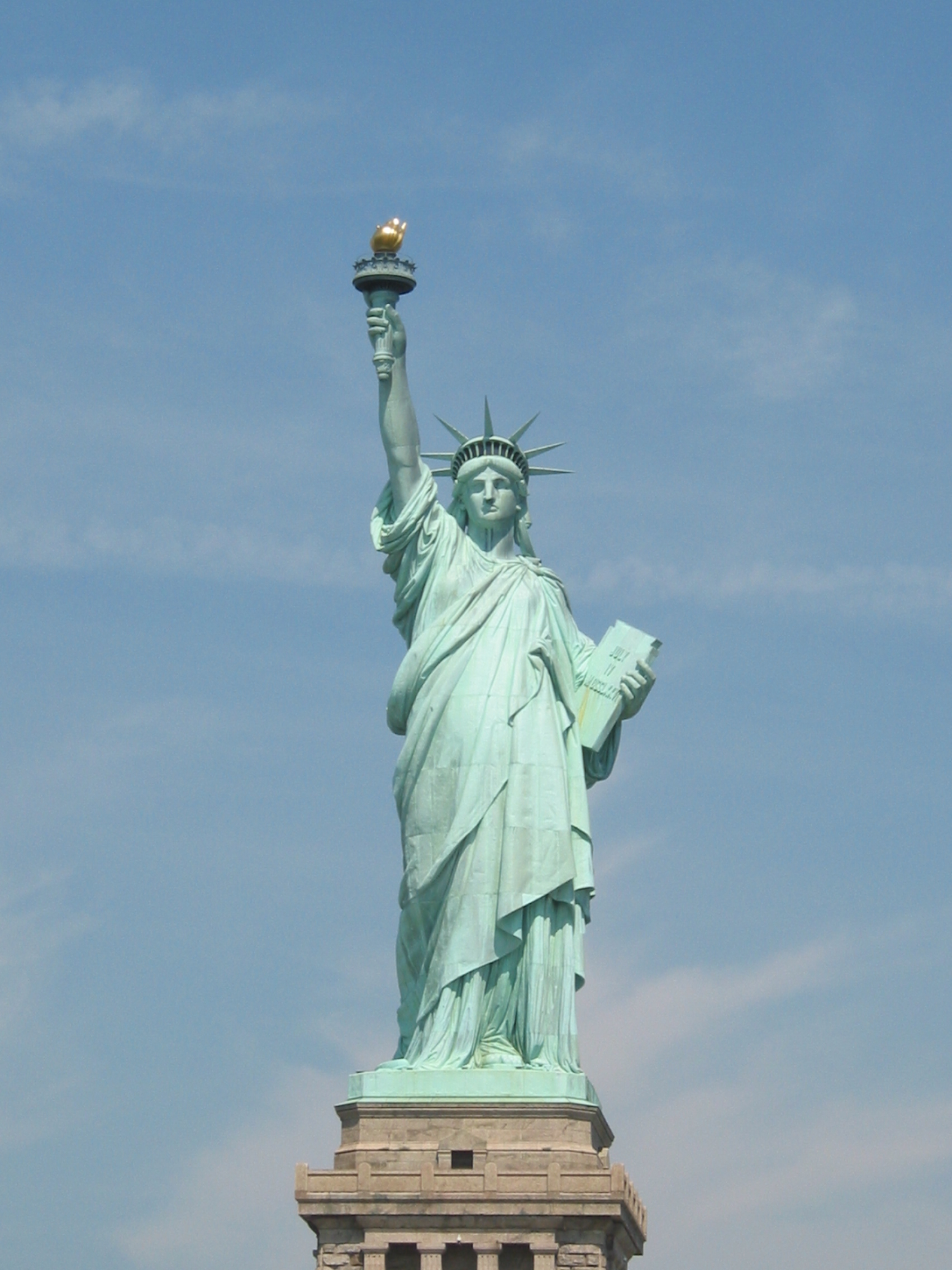 Statue de la liberte new york new york smenier for Createur statue de la liberte