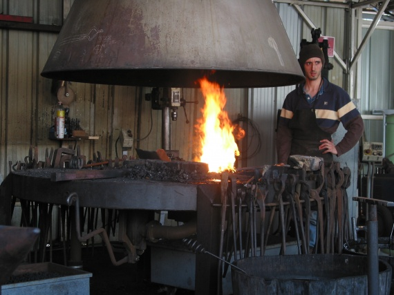 Plan Foyer De Forge : Forge forgeron hermione rochefort smenier