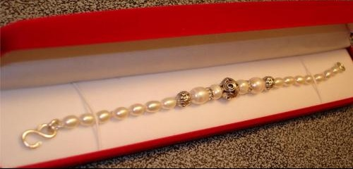 Bracelet with sterling ball s clasp crop