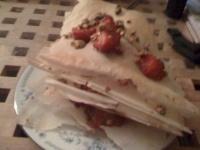 Millefeuilles de fraises aux pistaches