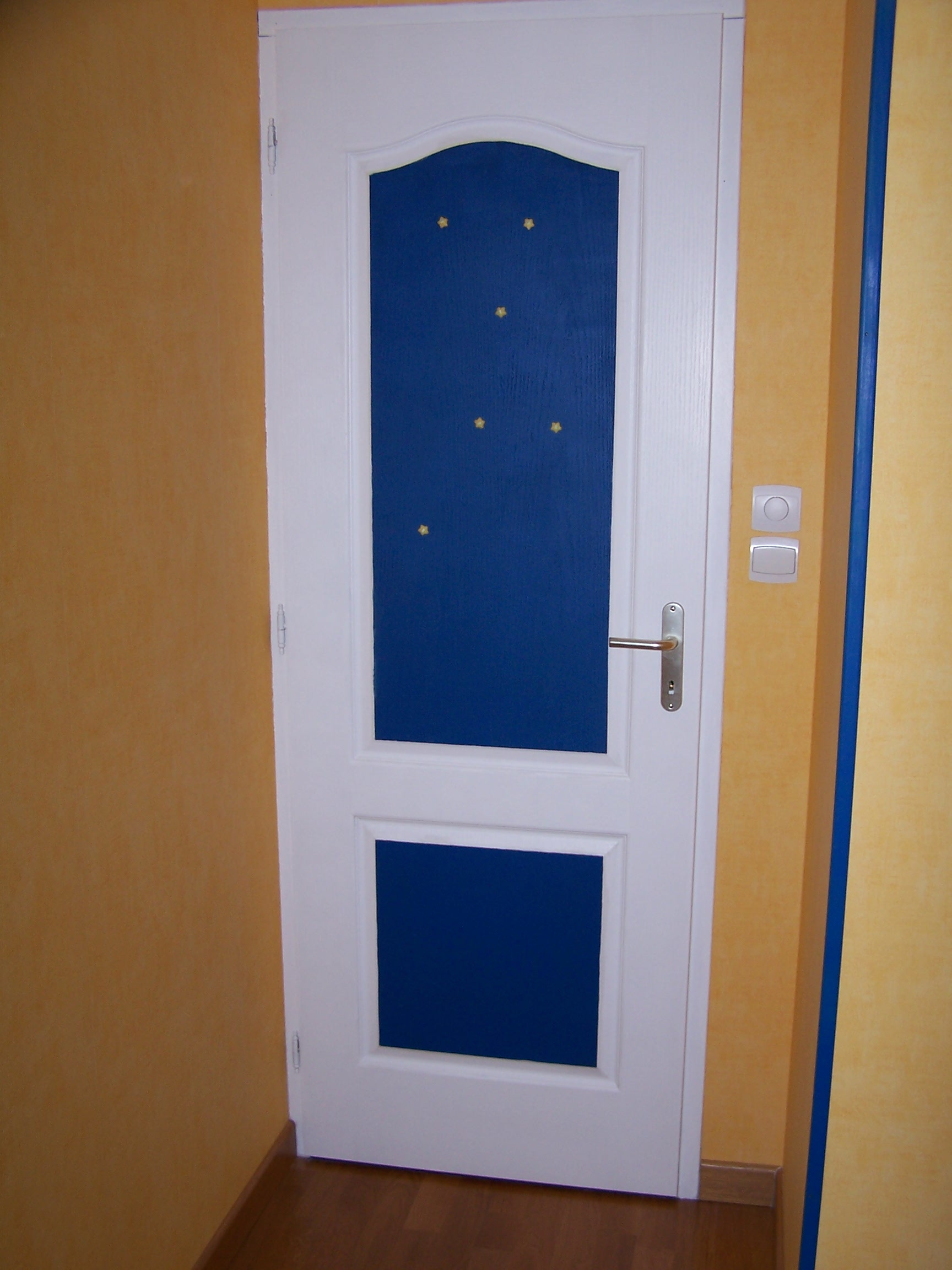 Ma porte la chambre de c sar vivige76 photos club for Porte chambre
