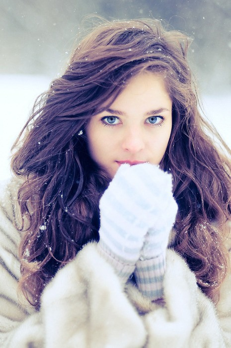 http://images.doctissimo.fr/1/divers/cadre-photo/photo/hd/5234557523/18037052234/cadre-photo-fille-neige-big.jpg