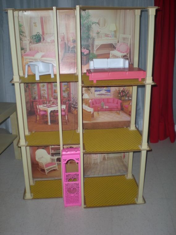 Maison de barbie jeux livres bizounette photos club doctissimo - Jeux de maison de barbie ...