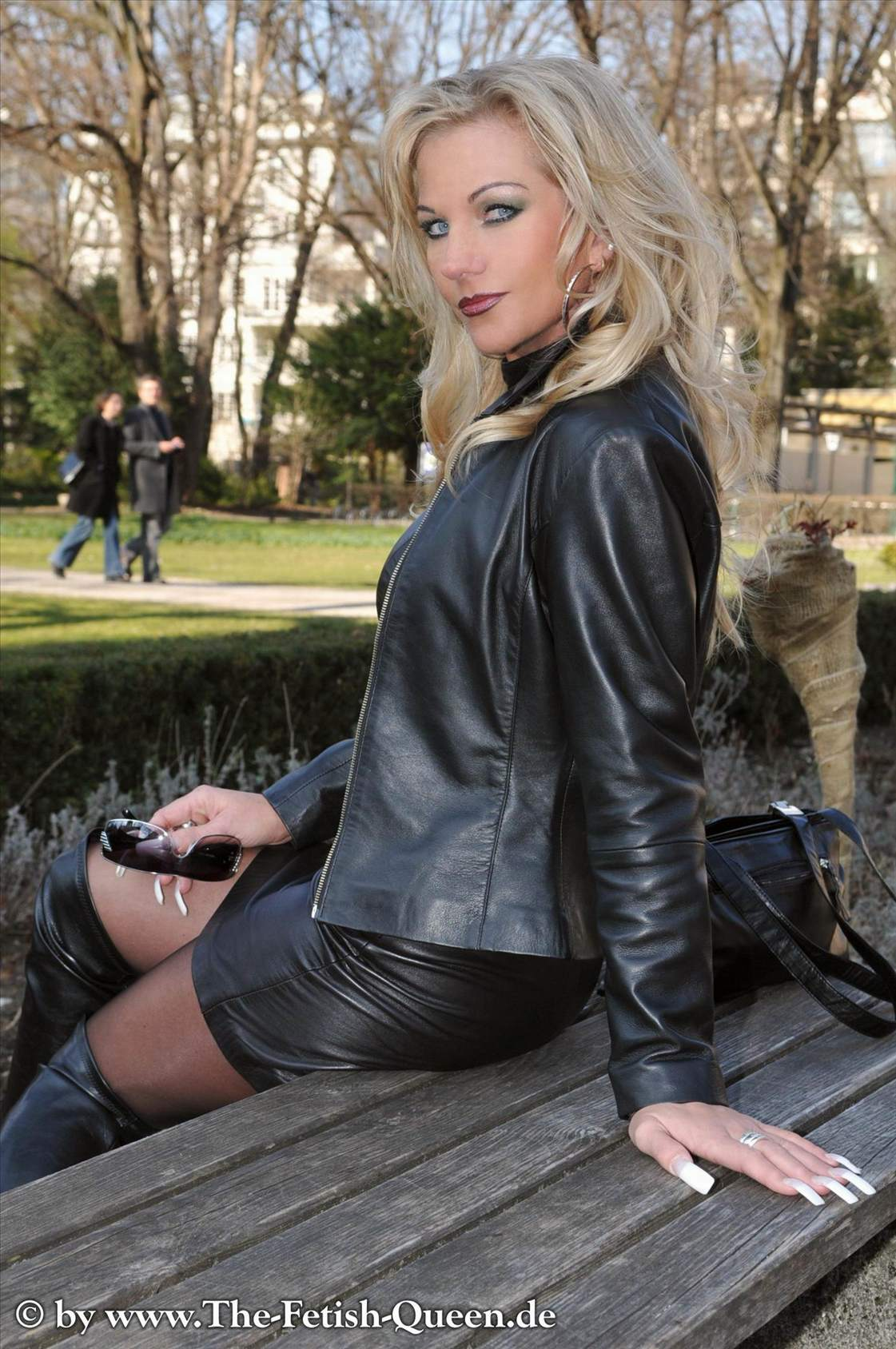 German latex girls and boys and toys and fistbmw - 1 7