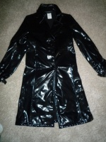 impermeable-trench-agnes-b-3