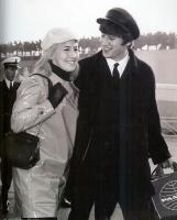 lennon-y-esposa-1964-pg379