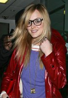 Fearne-Cotton-Reggie-Yates-Out-Shopping (9)