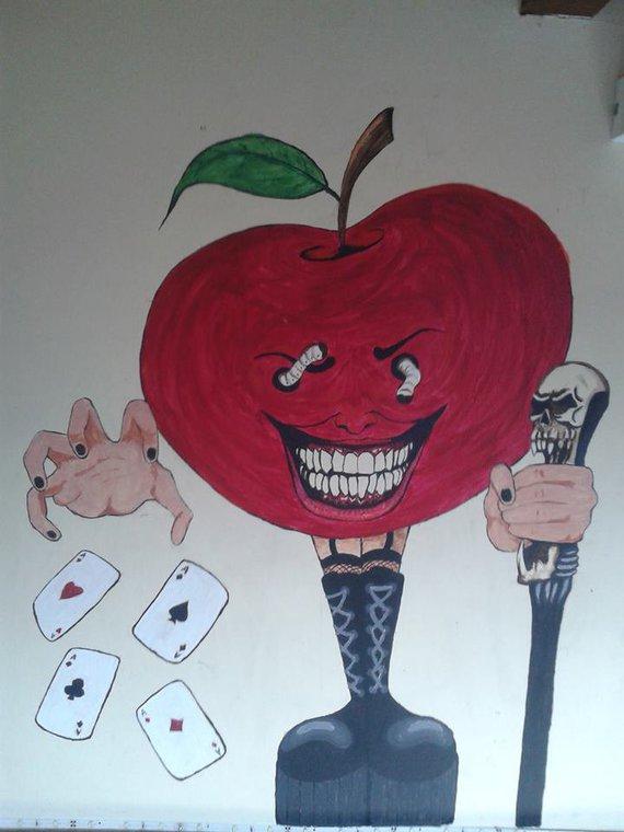 Ugly Apple [Wyrd Art]