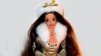 1995 Winter Fantasy Barbie version Brunette - Sam's Club.