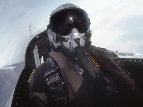 F16-pilote
