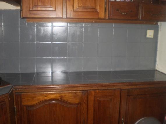 Meubles de cuisine peindre des meubles de cuisine - Peindre une cuisine en chene rustique ...