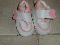 petites chaussures en 0- 3 mois