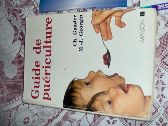 livre de puericulture