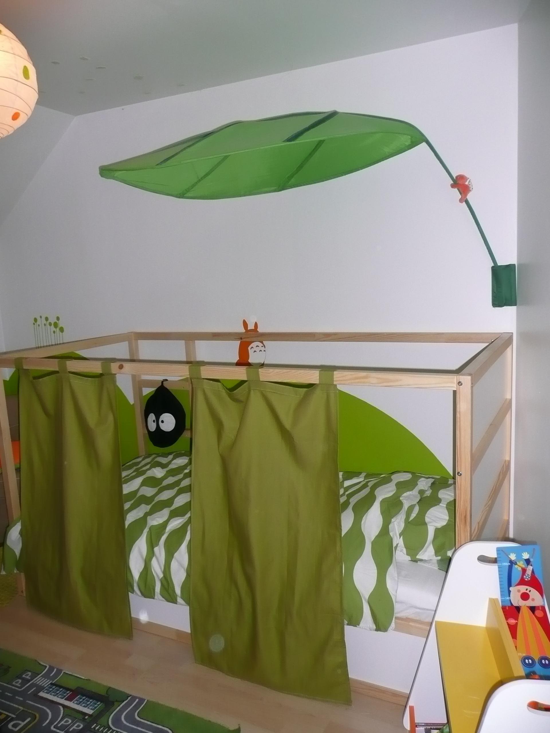 lit kura cabane amazing lit cabane places lit cabane. Black Bedroom Furniture Sets. Home Design Ideas