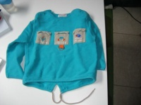 pull 4 ans compagnie des petits 2€