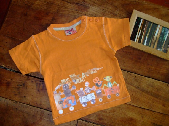 MB8- 6 mois T-shirt DPAM (2.5€)