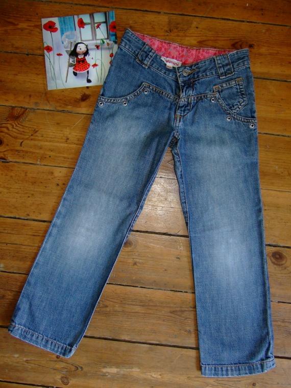P113- 6 ans Jean catimini (taille réglable) (9€)
