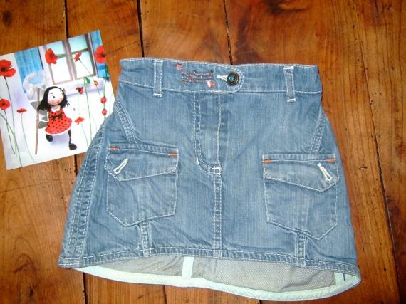 CW5- 2 ans jupe en jean dkny TBE (7€)