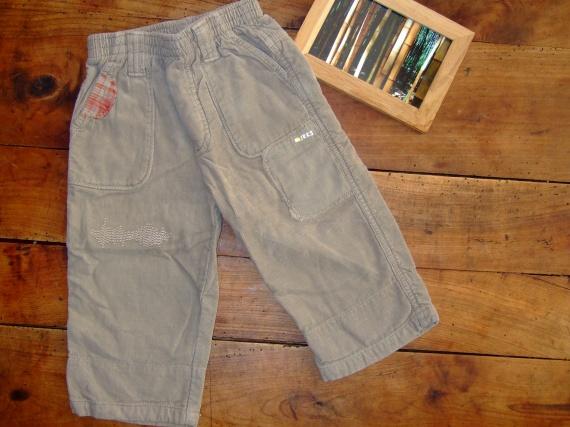 SC67- devant 12 mois pantalon velours ikks (7€)