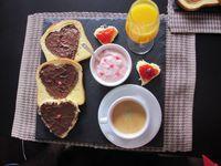 Petit-dejeuner-d-amour-_m