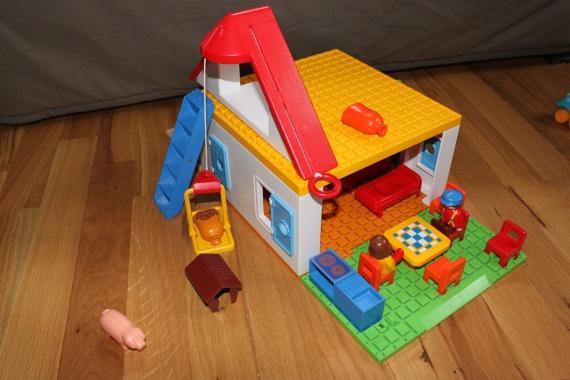 ferme playmobil 123 18 jeux et jouets delph200737. Black Bedroom Furniture Sets. Home Design Ideas
