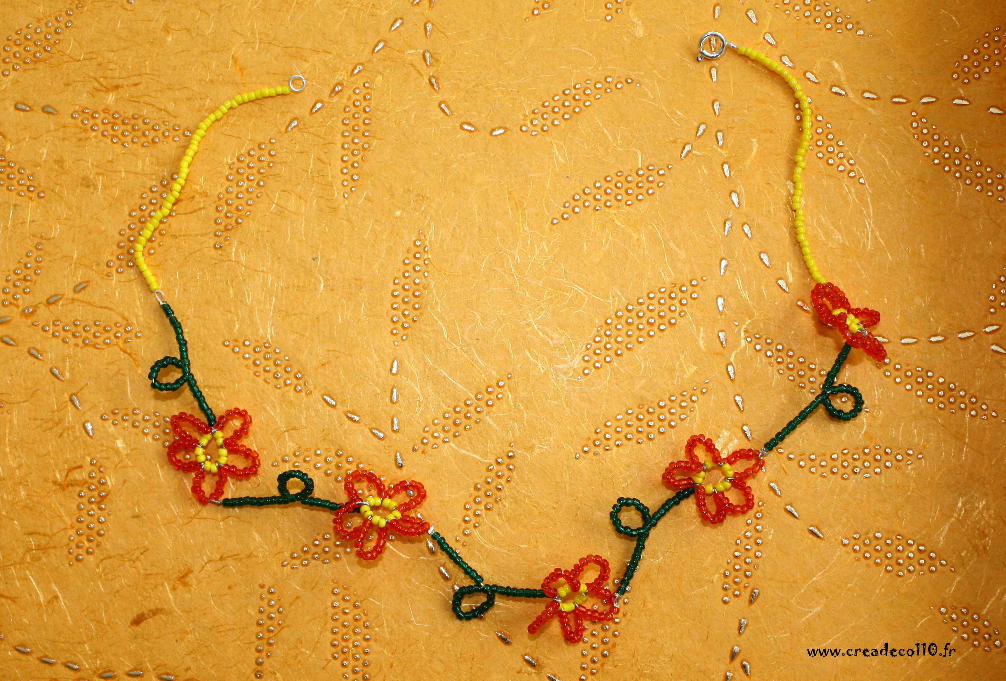 0061 collier fille grandes fleurs en rocaille bijoux. Black Bedroom Furniture Sets. Home Design Ideas