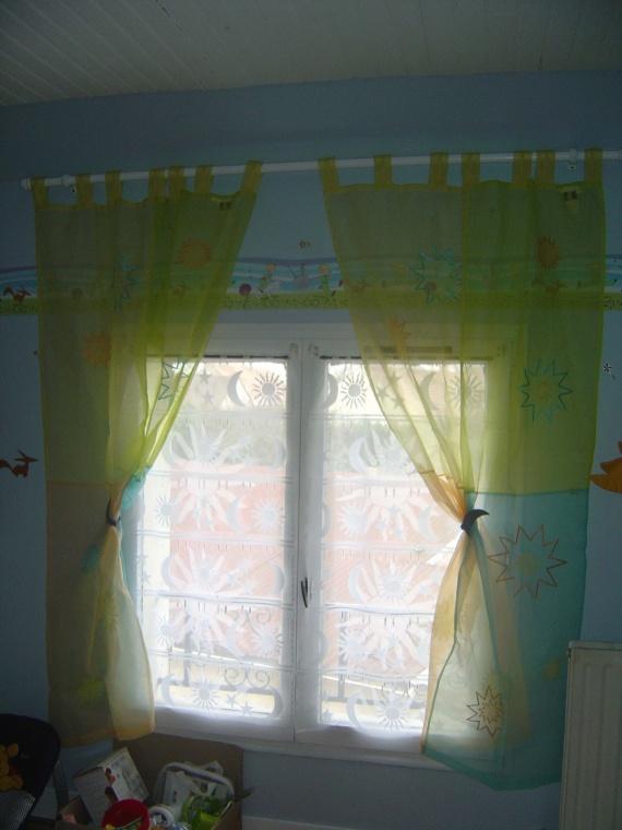 Rideau la chambre et deco petit prince galtouse77 for Petit rideau chambre