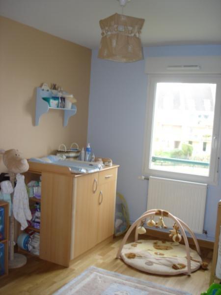 Pochoir chambre bebe pochoirs chambre bebe fille deco photo chambre enfant et vert sur decofr - Chambre bleu et beige ...