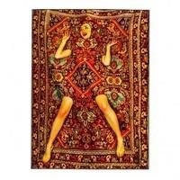 femme tapis