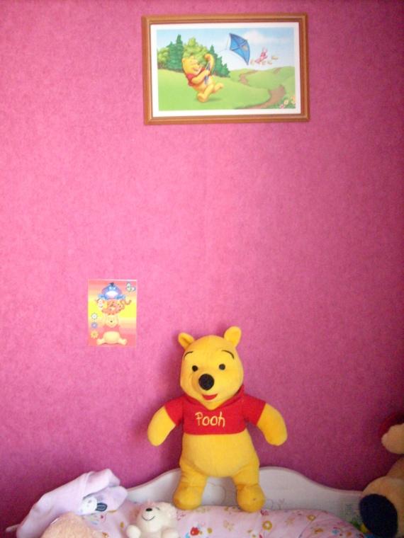 chambre winnie autour de bebe avec des id es int ressantes pour la conception de. Black Bedroom Furniture Sets. Home Design Ideas