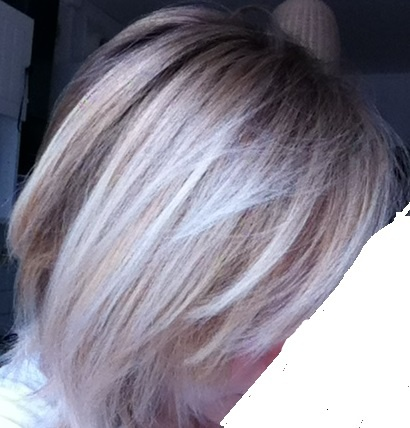Faire tenir une couleur sur cheveux decolores