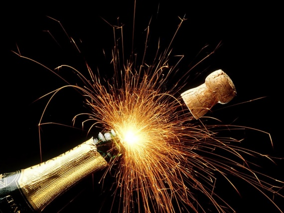 divers-sparkling_champagne_holidays-img