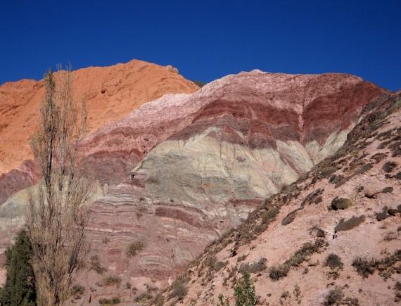 Purmamarca - La montagne aux Septs Couleurs