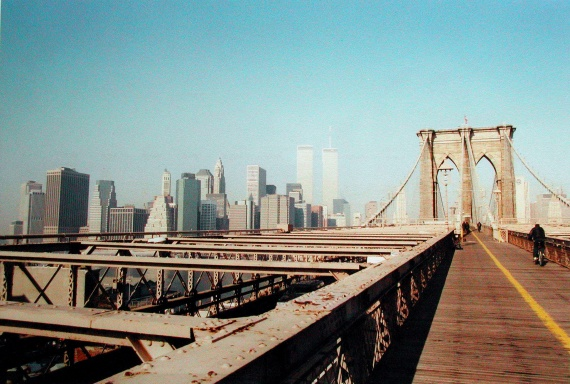 http://a.imdoc.fr/1/voyages/york-fevrier-2001/photo/5874818587/5879595a7/york-fevrier-2001-pont-brooklyn-img.jpg