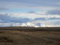 Les Andes à l'horizon, sur la route du Chili...