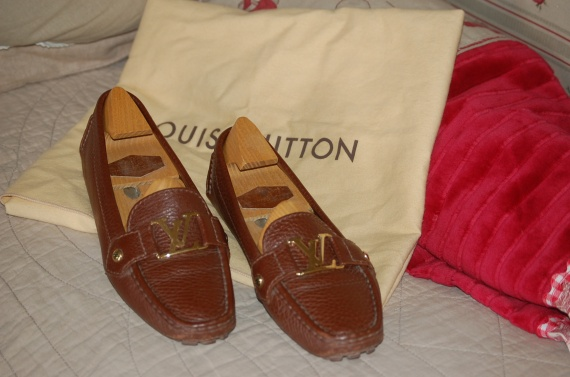 mocassin vuitton 37