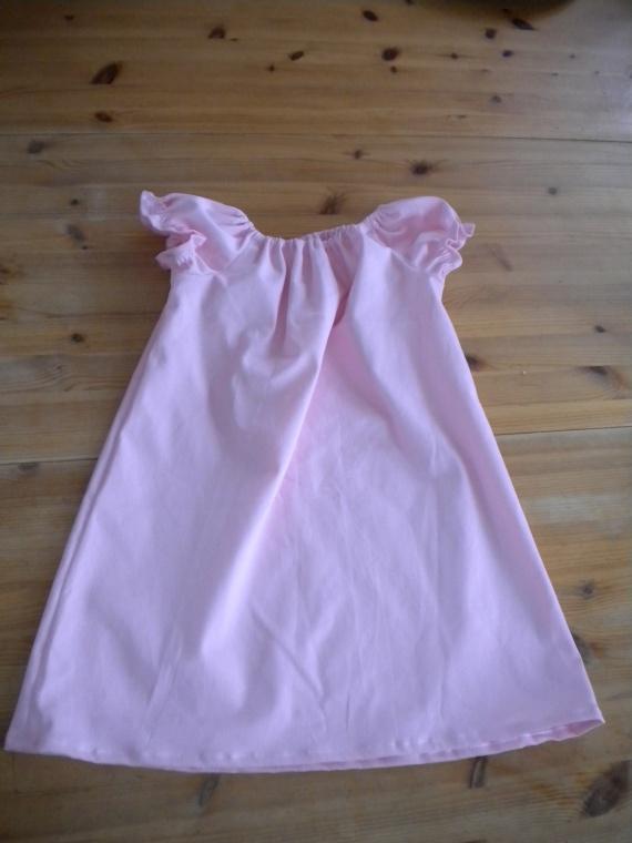 robe rose 4 ans