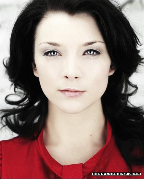 Natalie Dormer (30)