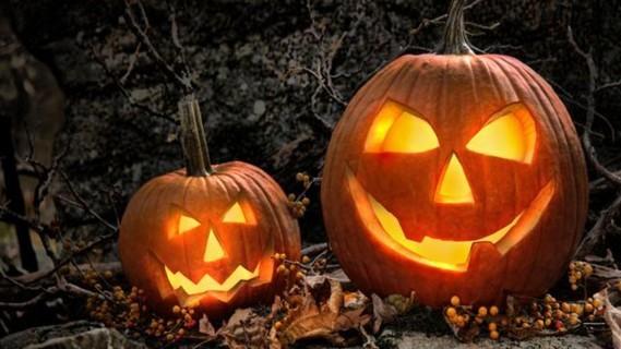 comment-faire-une-citrouille-d-halloween-avec-une-pomme