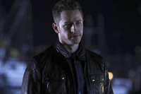 170312-news-once-upon-a-time-josh-dallas