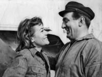 marcel-dole-annie-girardot-et-lino-ventura-le-bateau-d-emile-1962_a-g-8245445-4985691