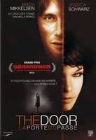 THE DOOR La porte du passé (1)