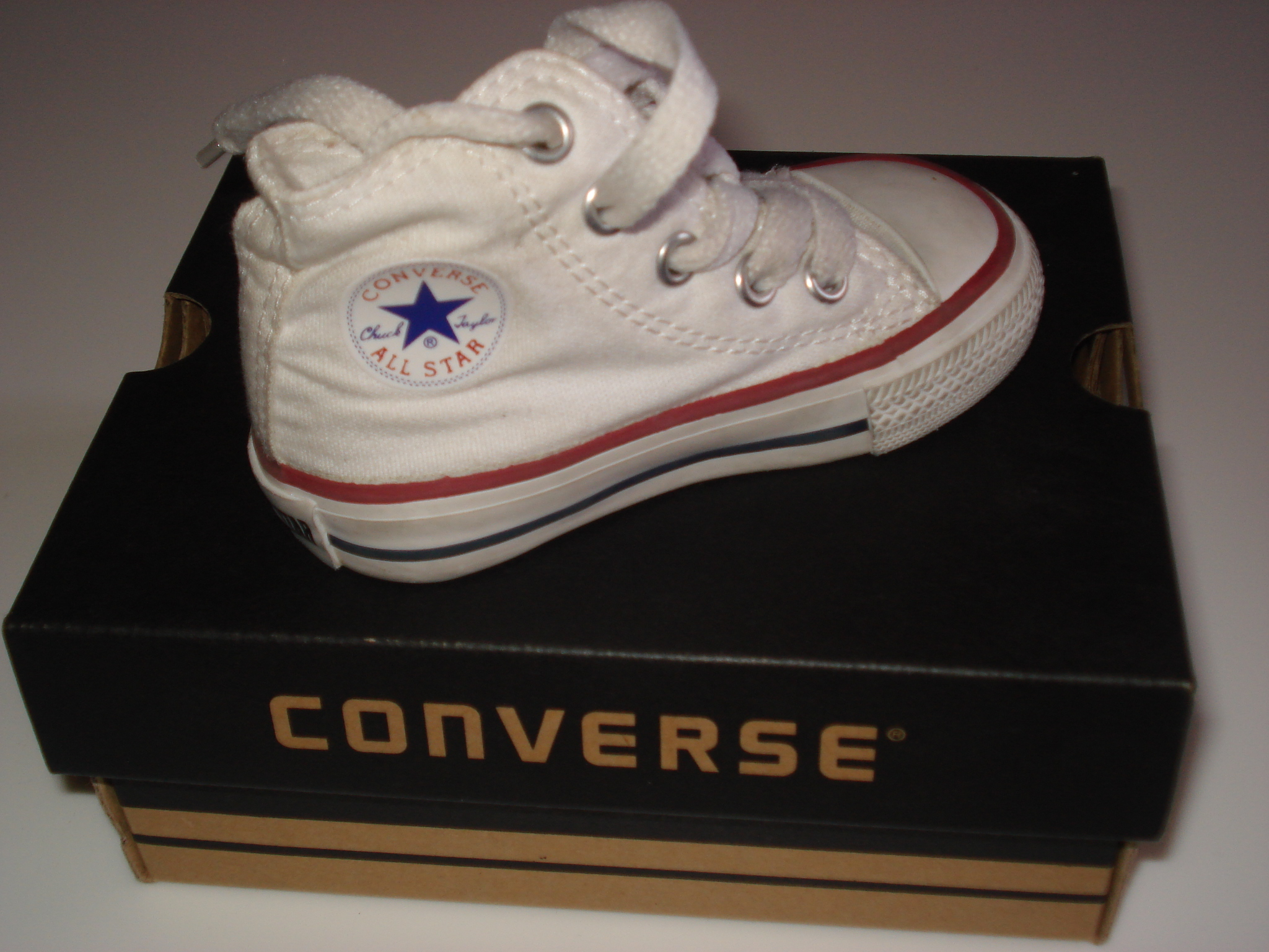 converse blanche taille 20