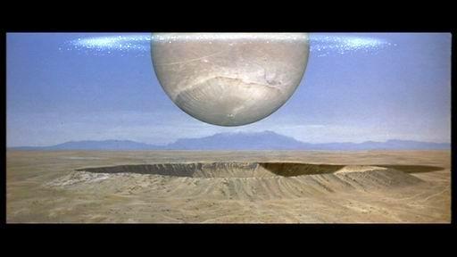 vaisseau ou planetoide..du film Starman