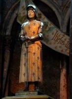 Statue Jeanne cathé de reims