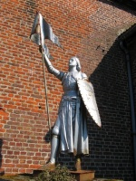 statue Jeanne d'Arc à Louvil 59830