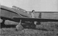 helene Boucher avec un rafale C-430