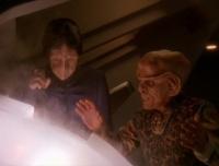 Quark and Hanok ..c'est comme au dabo, on en prend un et..